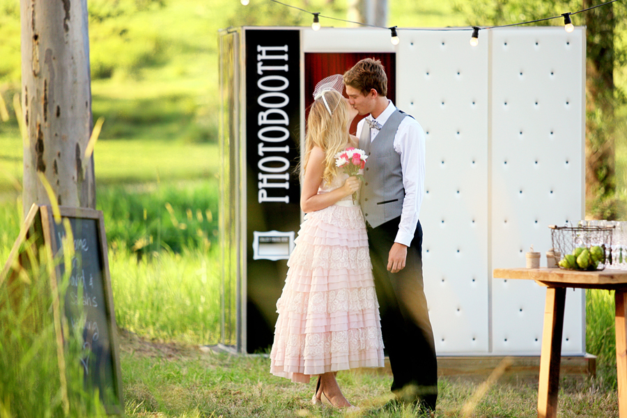 Photobooth for Rustic Wedding
